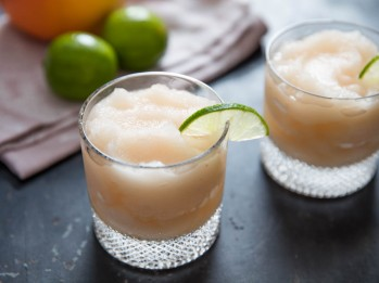 20160804-frozen-paloma-cocktail-1.jpg
